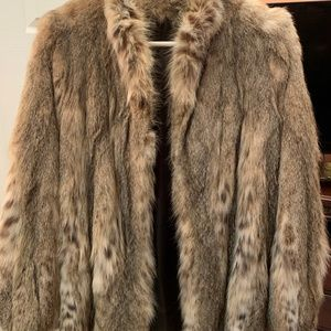 Jackets & Blazers - Argentinian Lynx Fur Coat Medium Length Like New